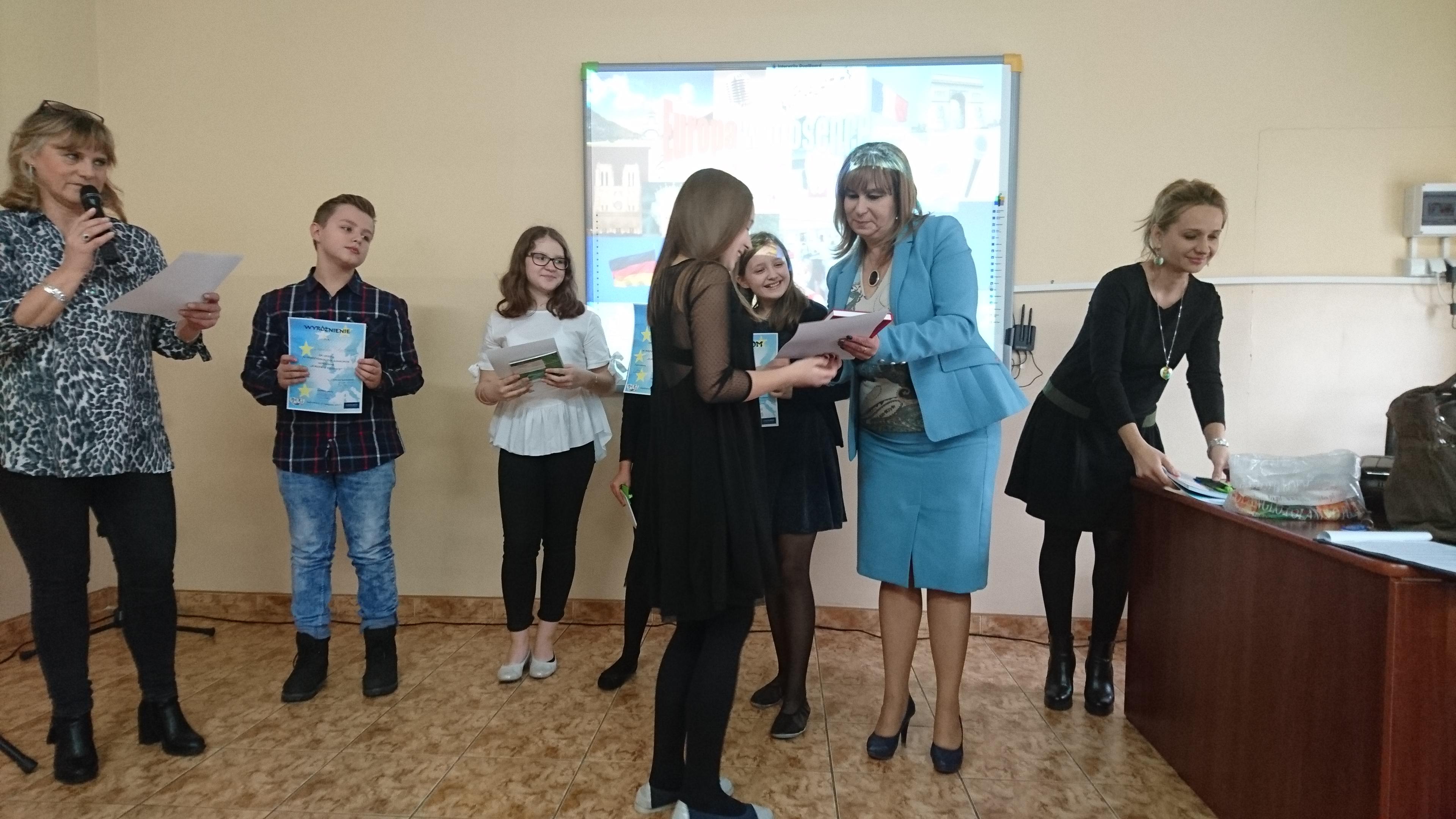 II miejsce i wyróżnienie w konkursie Piosenki Europejskiej