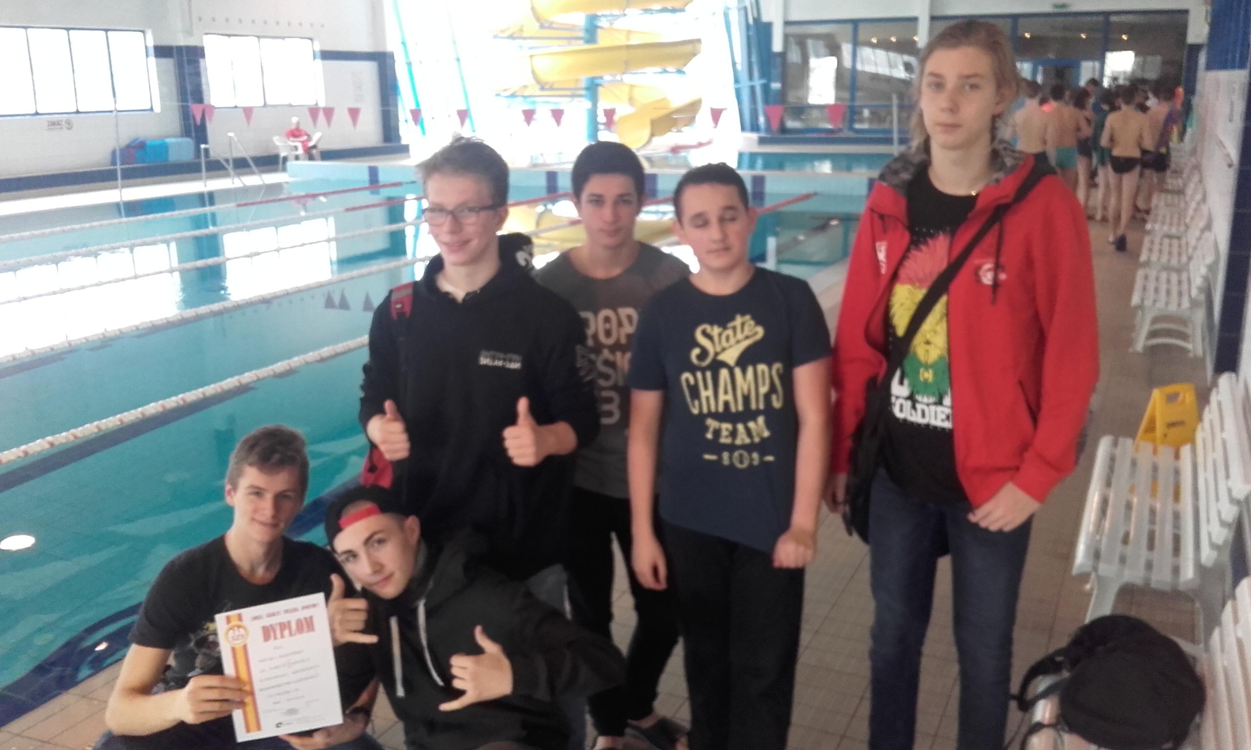 II miejsce w Półfinałach Mistrzostw Województwa Łódzkiego w Pływaniu Drużynowym